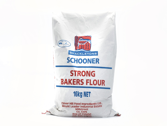 Schooner Strong Bakers Flour 16Kg
